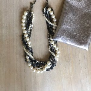 LOFT Chunky Pearl Mixed Necklace
